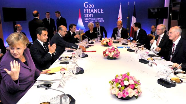 Greece-Papandreou-Cannes-Merkel-referendum