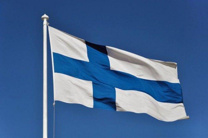 FLASH FINLANDIA: CROLLA PRODUZIONE INDUSTRIALE