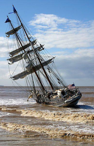 shipwreck-388px-irvingjohnstonaground