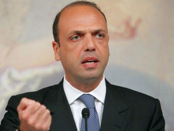 Tre domande  al Ministro On. Angelino Alfano