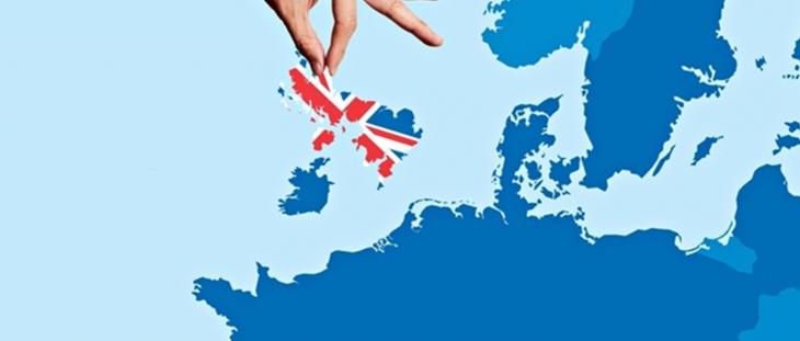 Le mosse della Merkel favoriscono gli immigrati e cacciano il Regno Unito