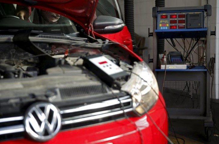 Ho una Volkswagen euro 5… che devo fare per tutelarmi? Breve guida per i consumatori di Luigi Pecchioli e Fabio Lugano.