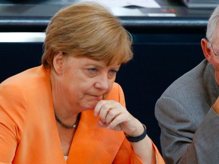 GERMANIA: PRIMI EFFETTI DEL CAPODANNO DI ABUSI SUGLI ELETTORI.