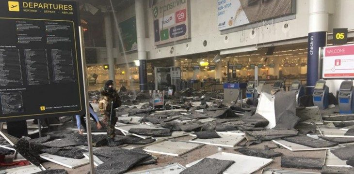 """ATTENZIONE! Dopo gli attentati di Bruxelles l'apparato eurocratico e la finanza internazionale spingeranno verso il crimine definitivo degli """"Stati Uniti d'Europa""""! E' IN ATTO LA SOLUZIONE FINALE! Fermiamoli! (di Giuseppe PALMA)"""