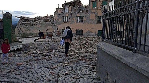 Un governo di diversamente intelligenti (e traditori) non può nulla contro un terremoto!
