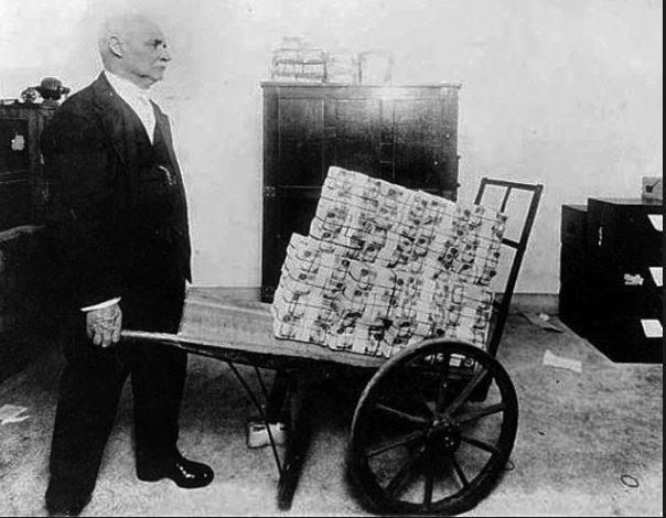 RIUSCIRA' LA BCE A RAGGIUNGERE IL PROPRIO TARGET INFLAZIONISTICO AL 2%? NO, A MENO CHE LA GERMANIA NON CAMBI COMPLETAMENTE POLITICA