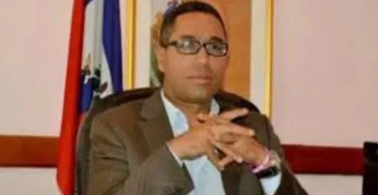 CHI TOCCA LA FONDAZIONE CLINTON MUORE: trovato morto il funzionario haitiano  che doveva testimoniare sui fondi post terremoto