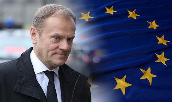 DONALD TUSK, AMATO IN EUROPA, ODIATO IN PATRIA. LA SPIEGAZIONE DEI SUICIDI DEI POLITICI EUROPEISTI.