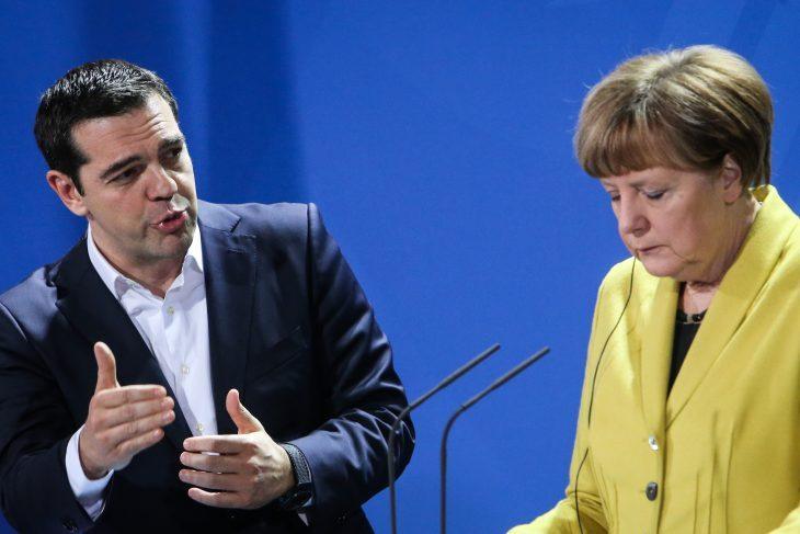 Ecco cosa sta accadendo in Grecia. Le bufale di Tv e giornaloni sull'uscita dalla crisi (di Giuseppe PALMA)