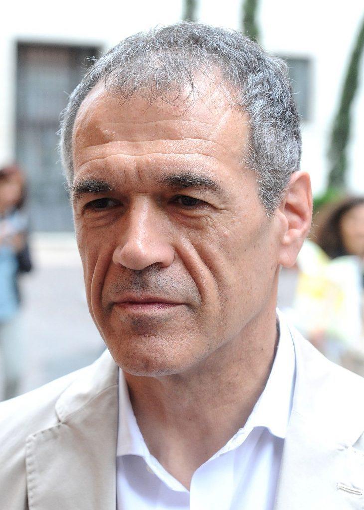 Due domande facili per #Cottarelli sul suo curriculum: Grecia e moltiplicatori fiscali
