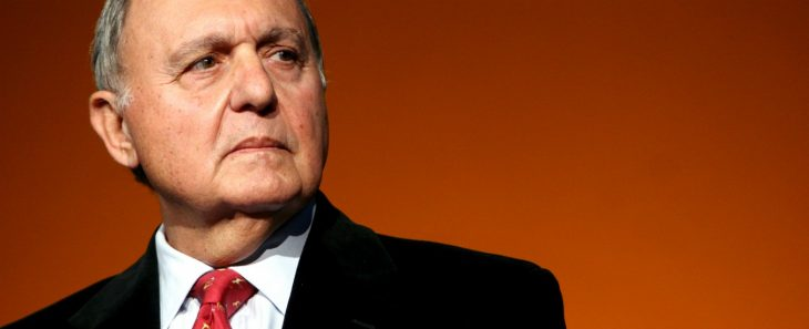 Il Ministro Savona interviene in risposta all'ex ministro Padoan: breve corso di Politica Economica