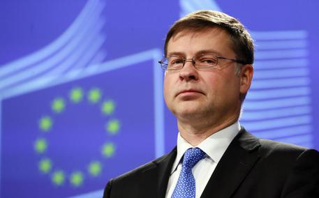 Dombrovskis: le sue ammissioni, e le sue minacce, verso gli stati europei