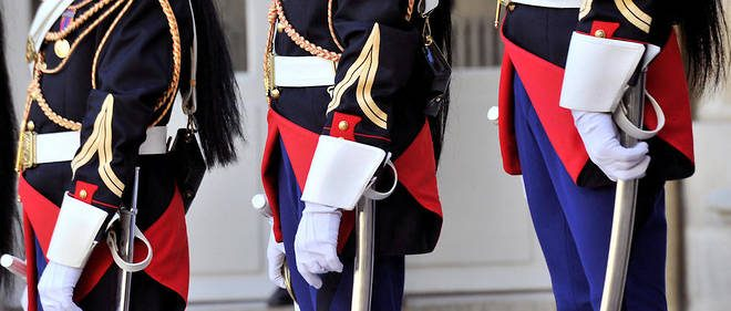 Perchè da gennaio si sono già suicidate 31 Guardie Repubblicane in Francia?