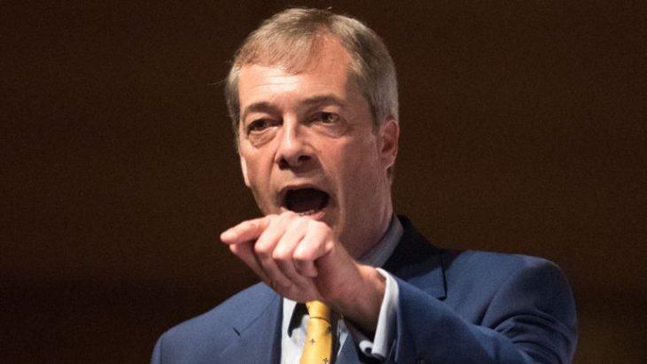 Nigel Farage: Hard Brexit è responsabilità del Fanatismo della EU (discorso con centinaia di migliaia di visualizzazioni)