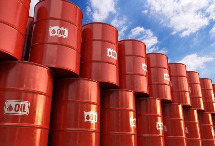 Crollano gli acquisti di petrolio Europei, che è l'uomo morto economico mondiale