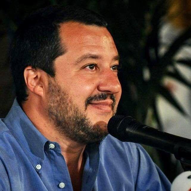 Clamoroso! Una pronuncia della Cassazione (del 2003) ESCLUDE la configurabilità del reato contestato a Salvini (di Paolo Becchi e Giuseppe Palma)