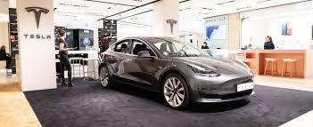 Tesla citata da un (altro) fornitore per mancati pagamenti. Boom nel 2018-19