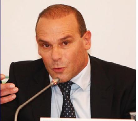 """Stefano Sylos Labini: """"L'Italia stretta dai vincoli europei""""  Intervista all'economista Stefano Sylos Labini a cura di Margherita Furlan"""
