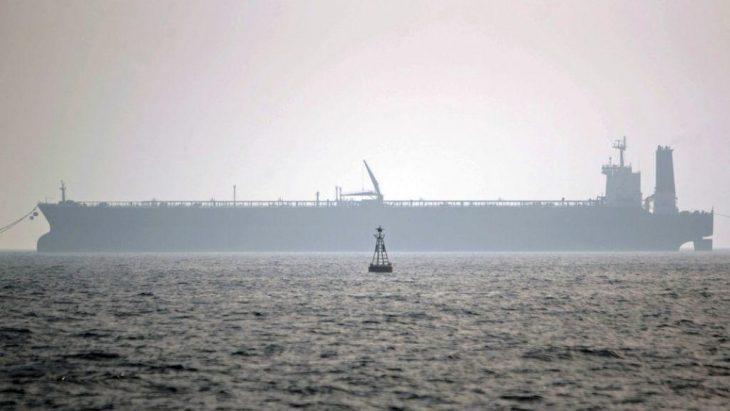L'IRAN SEQUESTRA UNA PETROLIERA NEL GOLFO. Test di chiusura dello stretto di Hormuz?