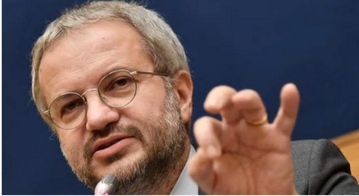 Intervista a Claudio Borghi: la spinta del nuovo governo è la sedia. Conte ha schiacciato DI Maio