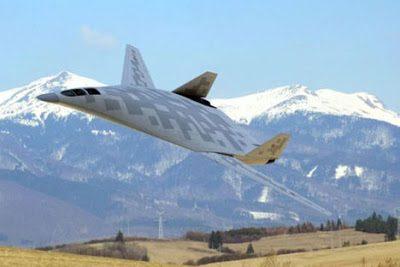 I russi testano ufficialmente il nuovo bombardiere Tupolev, ed il nuovo bombardiere Stealth cinese (video)