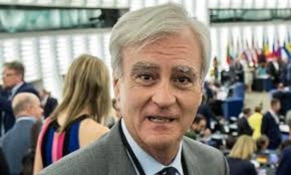 DOVE VANNO I SOLDI DELLA UE PER LE ONG (11 miliardi)? Interrogazione di Rinaldi sul tema