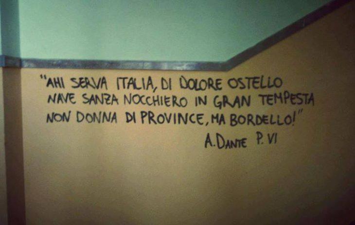 UNA POLITICA DI PRESA PER I FONDELLI: gli italiani ingannati, i programmi usati come carta igienica