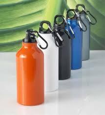 GENERAZIONE GRETINA: lasciano le bottiglie di plastica per avvelenarsi con l'alluminio cinese..