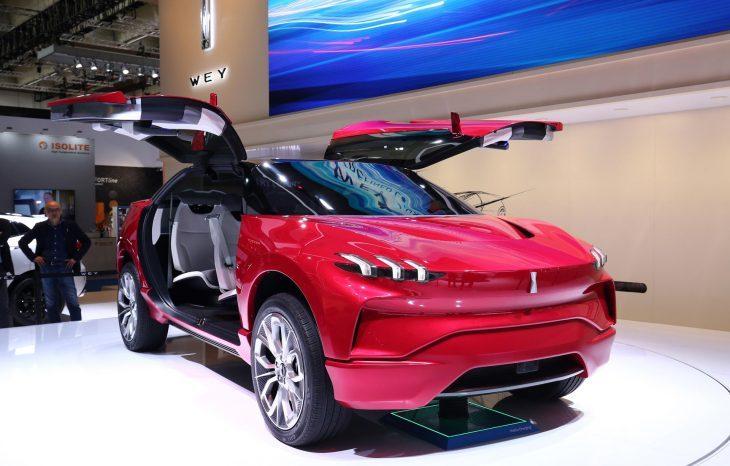 CINA: FINE DELLA CRESCITA IPERVELOCE.  Mercato auto in calo nel 2020
