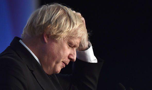 La trappola della UE mette in difficoltà Johnson. Però alla fine basta aspettare…
