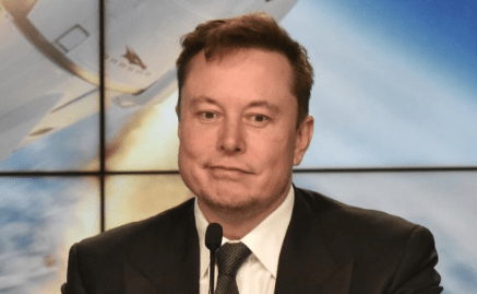 MEZZA TESLA A CASA:  Musk quasi chiude la casa automobilistica