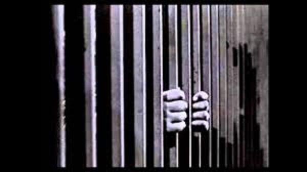 Italiani unici carcerati d'Europa con un governo indegno (di Marco Santero)