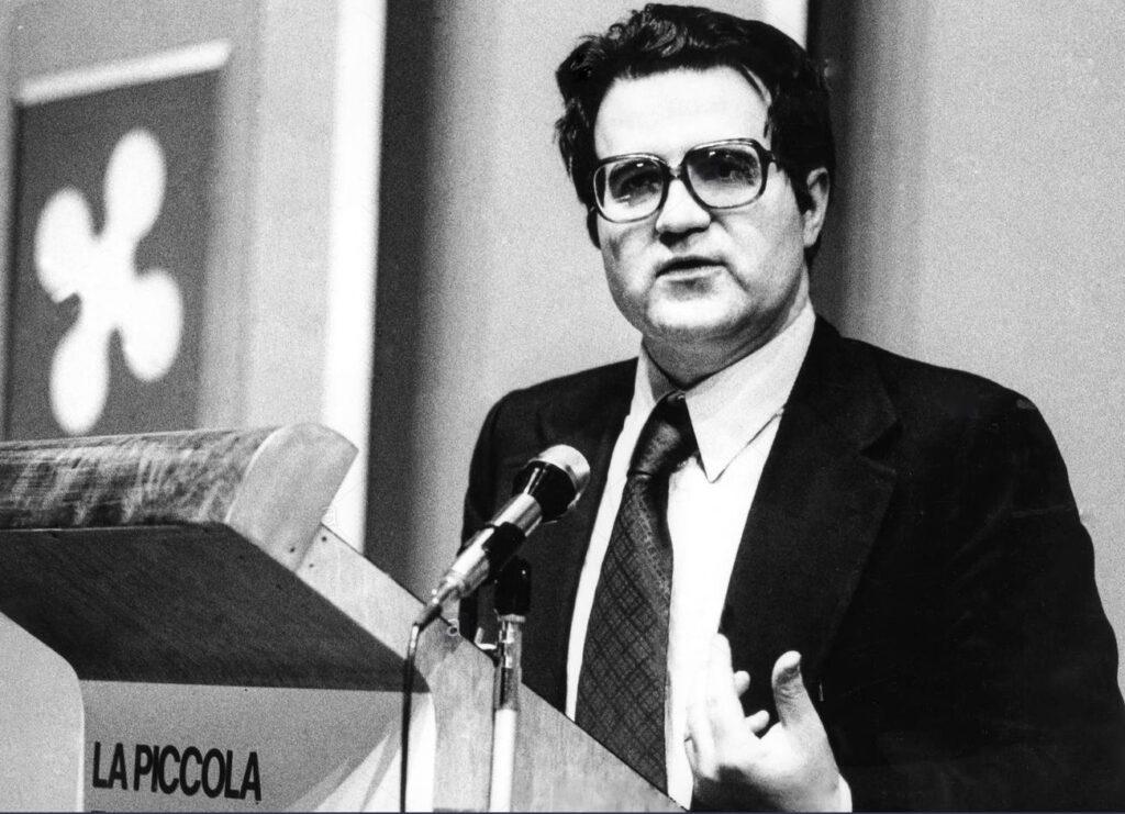 Romano Prodi simil Renato pozzetto