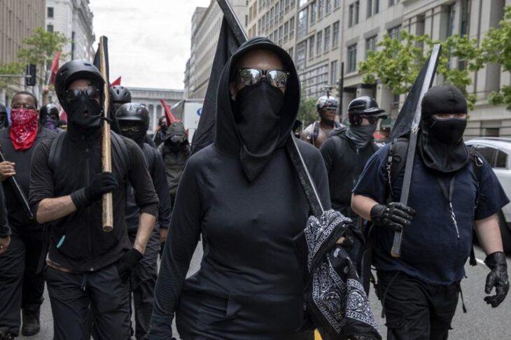 ANTIFA E' UNA ORGANIZZAZIONE TERRORISTICA. Trump dichiara  guerra all'estrema sinistra USA