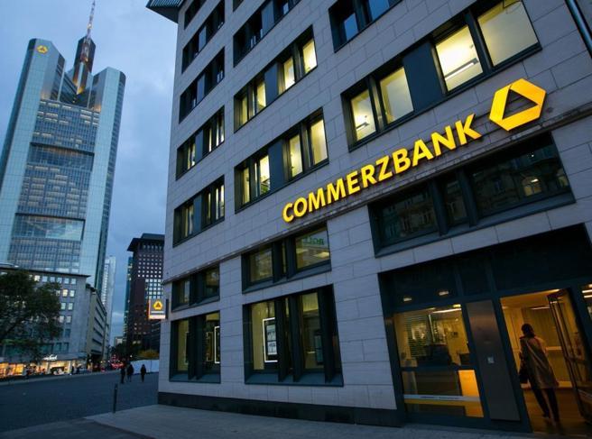 CERBERUS CERCA DI PRENDERE IL CONTROLLO DI COMMERZBANK, Dopo ave già influenzato DB…
