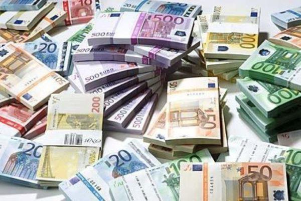 I tedeschi pagano i nostri debiti? Falso. Lo dicono i tedeschi stessi (traduzione di Francesco Becchi)