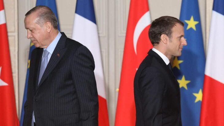 LA FRANCIA LASCIA LA FARSA DEL BLOCCO NAVALE NATO IN LIBIA. Con la Turchia è inutile