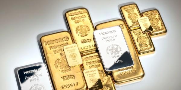 RobinHood guida la speculazione su oro ed argento