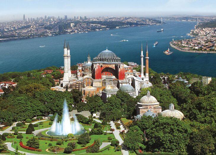 RUSSIA E GRECIA UNITE CONTRO ERDOGAN. Il progetto di riconvertire Santa Sofia in una moschea è una voluta provocazione contro i cristiani