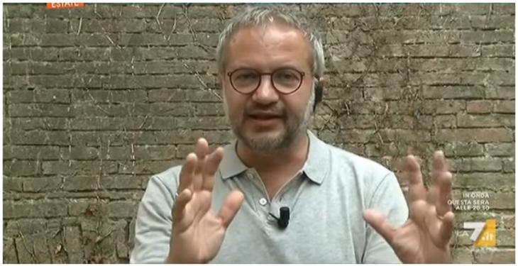 Borghi spiega il «caso Nexus», la ditta fantasma dei 45 milioni di euro di appalto per i banchi da scuola