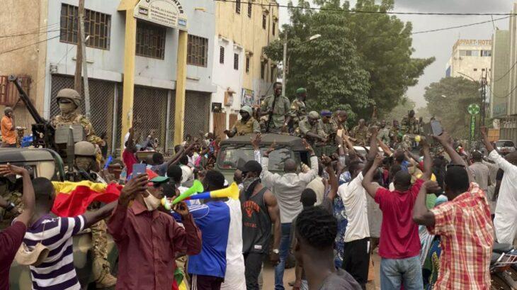BREAKING NEWS: Colpo di Stato in Mali. Arrestato il Presidente. Ci sono soldati italiani nel Paese