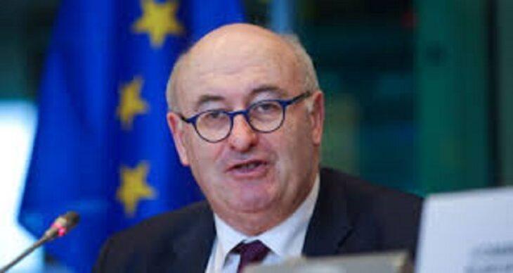 #GOLFGATE: il Commissario Hogan si rifiuta di dare le dimissioni dalla Commissione, nonostante la richiesta di Governo e Von Der Leyen
