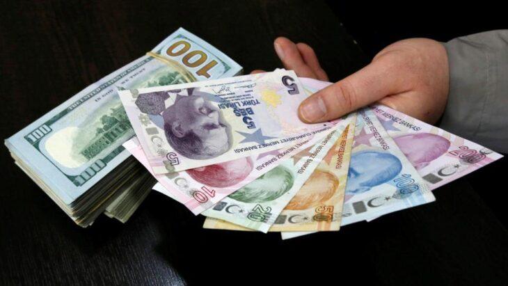 La Lira turca affonda, i turchi si riempono d'oro