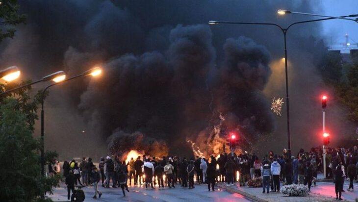 La Polizia svedese si «arrende». Chiede aiuto alla gente