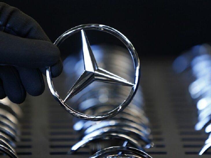 Daimler dovrà smettere di vendere auto in Germania? Due sconfitte in Tribunale la mettono nei guai