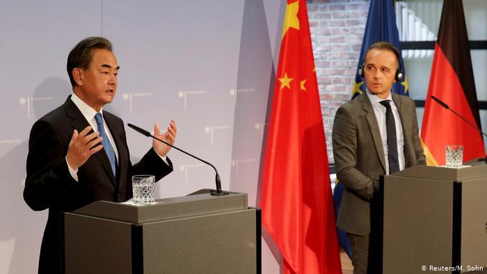 Berlino prova ad alleggerire la sua dipendenza cinese. Non sarà per nulla facile, vista l'esposizione delle sue aziende…