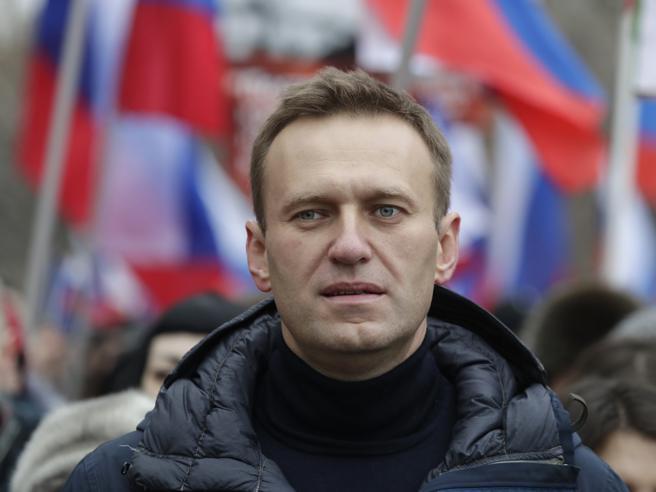 Navalny e Merkel: il grande show di ipocrisia della Germania