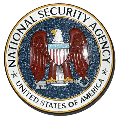 Ex capo della NSA nel board di Amazon: «Alexa, cosa stanno facendo tutti?»