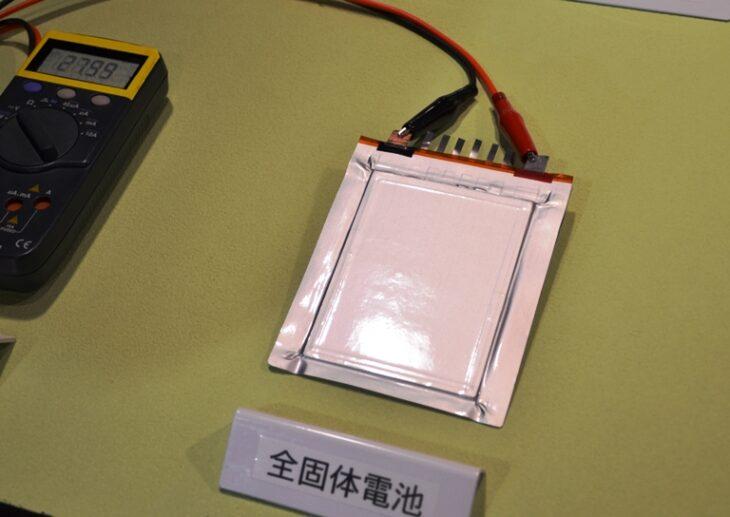 Tre batterie che rivoluzioneranno il prossimo futuro. Perchè forti investimenti nella tecnologia attuale rischiano di essere uno spreco