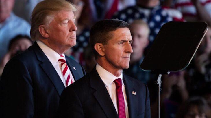 Il Generale Michael Flynn riceve la grazia da Trump